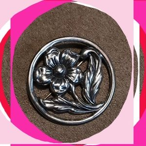 Jewelry - Sterling Antique Flower Pin